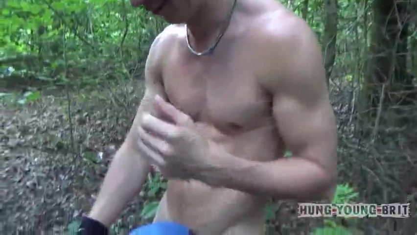 Muscled hunks get to the restrains opened up by naked dongers - Free Gay Porn