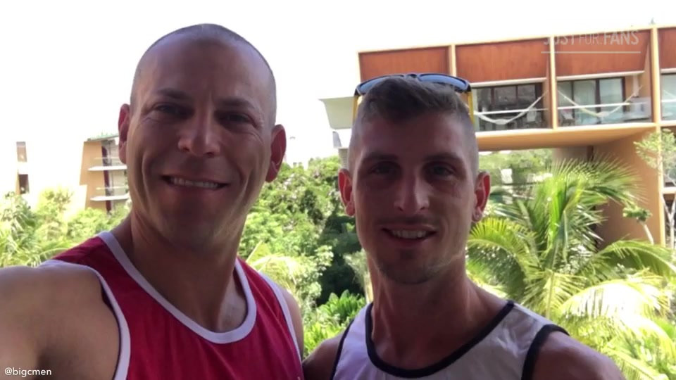 2018.09.29 - PG Pics From Cancun Vacation- September 2018