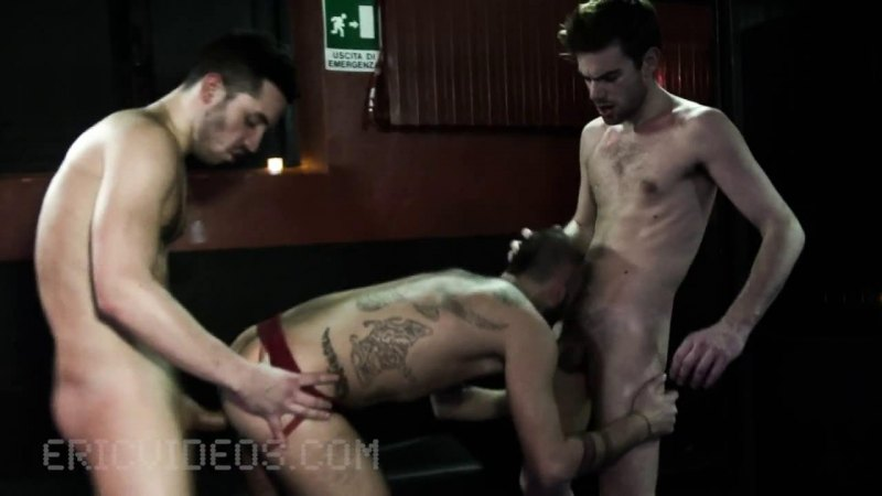 EV – Milan Gets Loaded By 2 Stallions In A Sex Bar